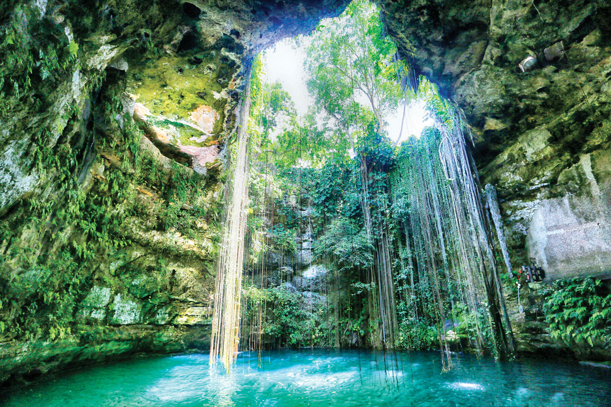 Cenote - Crédit photo : LRCImagery